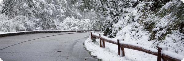 bariloche_snowyroad