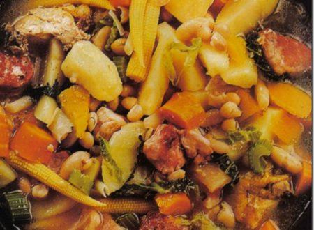 La cucina argentina e il puchero de carne simile a una zuppa corposa.