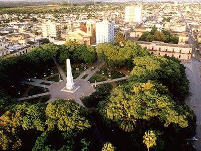 Entre Ríos si trova circondata da corsi fluviali maestosi come il Parana, l'Uruguay, il Gualeguay e il Gualeguaychu.