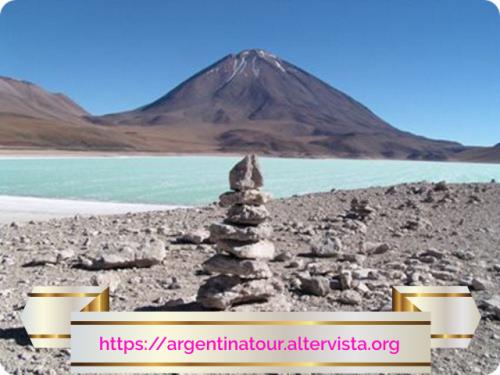 Il Nevado Ojos del Salado è, -dibattito a parte- il vulcano più alto del mondo.