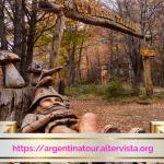 Il Bosque Tallado è una mostra artistica unica nel mondo delle taglie di legno.